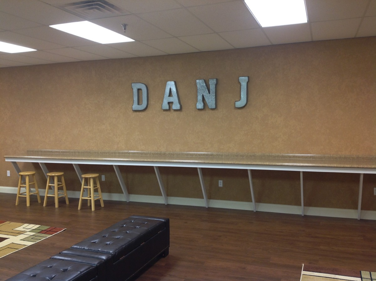 Lounge DANJ Sign Small